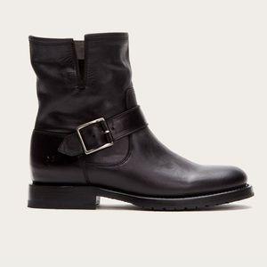 FRYE NWOT Natalie Engineer short boots size 6